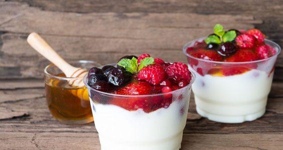 mrazený jogurt s ovocím