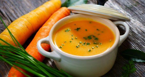jemná zeleninová polievka